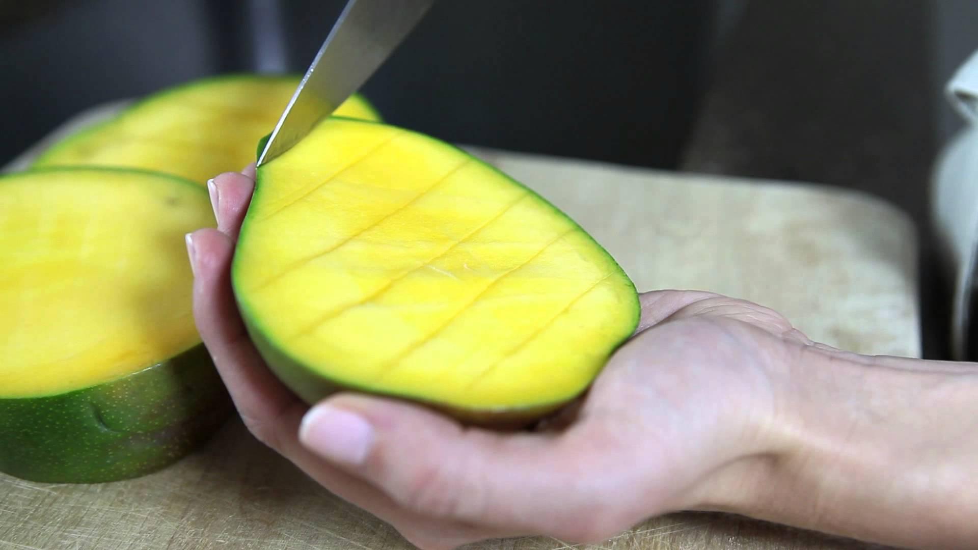 How To Cut A Mango Cooking Tips & Tricks Contis Mango Bravo